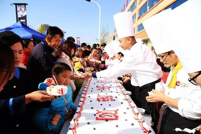 """如约而至 宁夏新东方""""食尚乐嗨购""""美食狂欢节圆满结束!"""