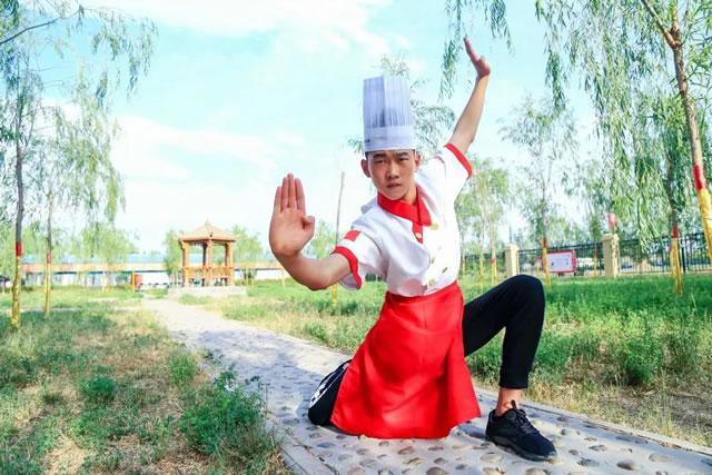 新生专访:别样的青春,我在宁夏新东方闪光!