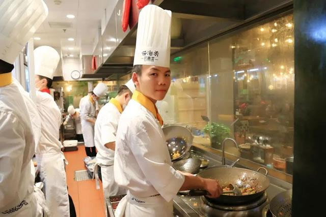 初高中生看过来,关于学厨师的问题都在这里
