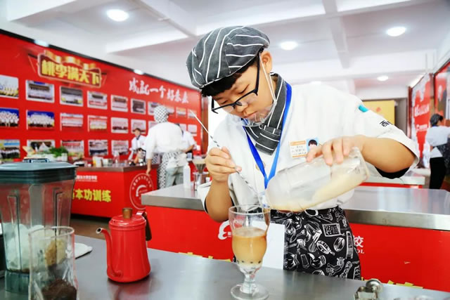 """因你,宁夏新东方""""创意饮品大赛""""美呆了"""