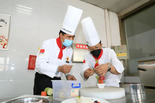 宁夏新东方教师技能大比拼!这种的老师,您的孩子值得拥有!
