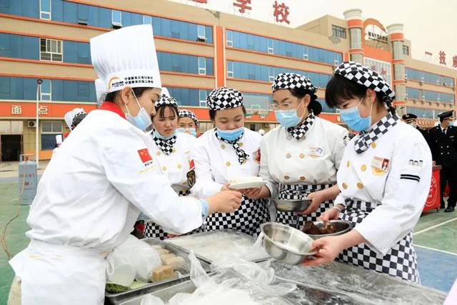 元宵节的正确打开方式,就是来宁夏新东方花样闹元宵